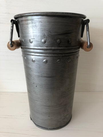 Small French Bucket