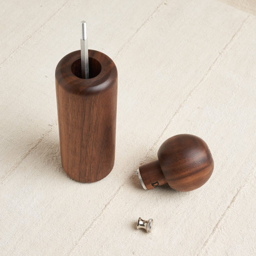 'Butler' Pepper Mill in Natural Walnut Wood