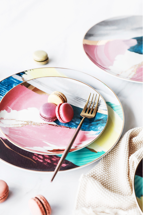Colorful plate with abstract pattern