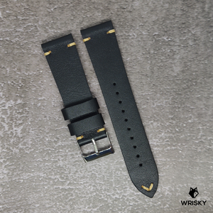 22mm Vintage Leather Strap in Black