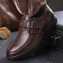 Load image into Gallery viewer, Men Genuine Leather Hook Loop Soft Sole Casual Shoes