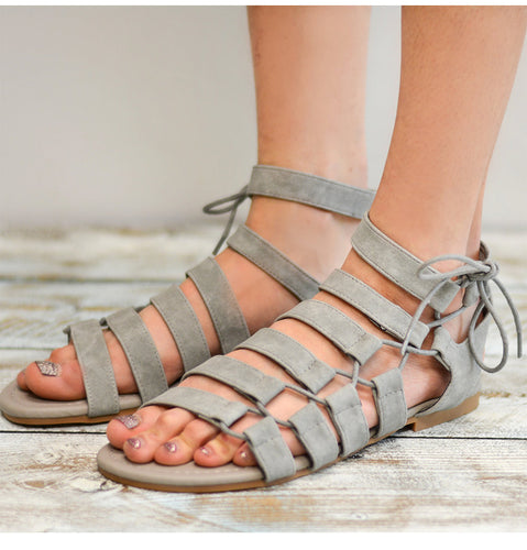 8c3b43360 Woman s 2019 Summer New Style Casual Gladiator Beach Flat Sandals
