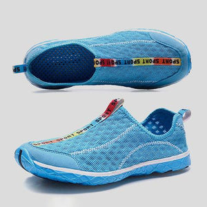 Large Size Breathable Hollow-out All Season Mesh Fabric Outdoor Sneakers