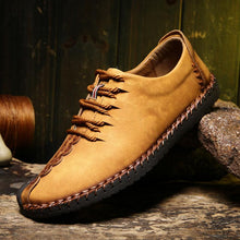 Load image into Gallery viewer, Men British Style Retro Stiching Soft Sole Lace Up Flat Cap-toe Shoes