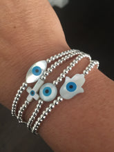 Load image into Gallery viewer, Eye catching bracelet