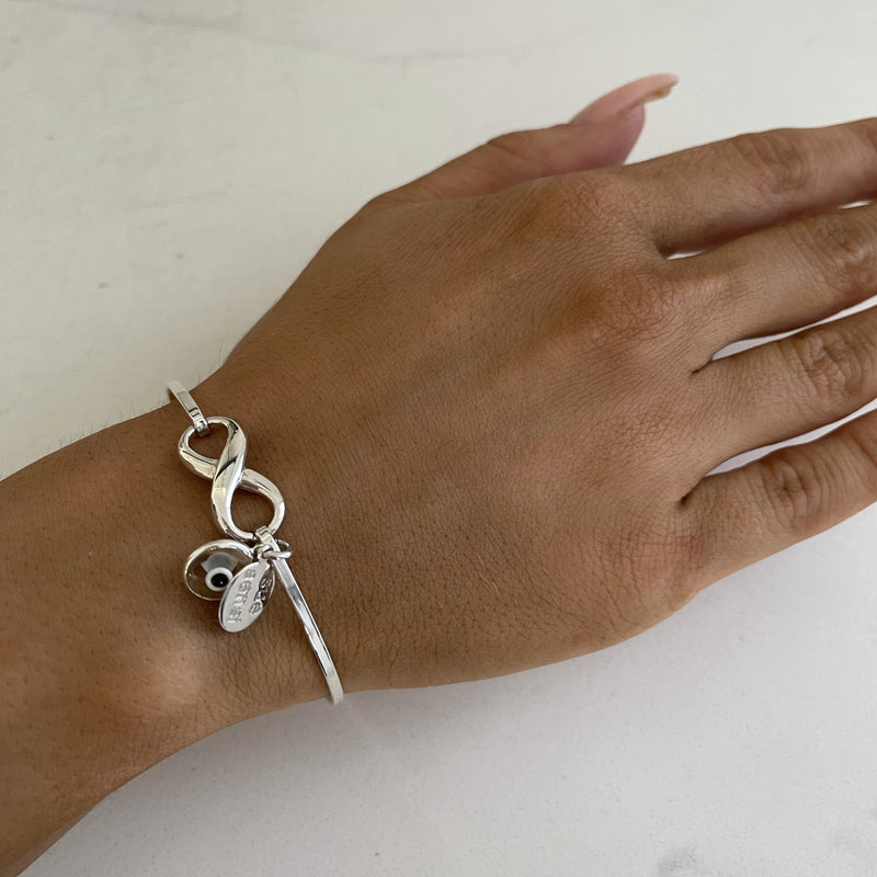 Eternal bangle