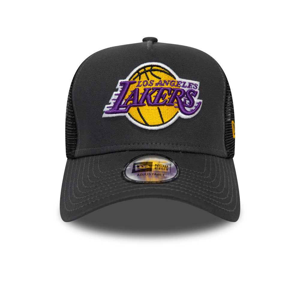 La Lakers Trucker