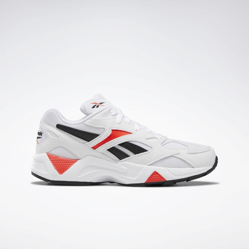 Baskets aztrek white