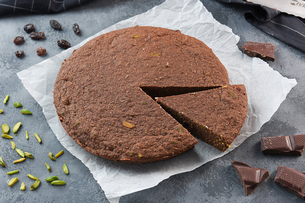 Chocolate Pistachio Protei-Cake with Raisin
