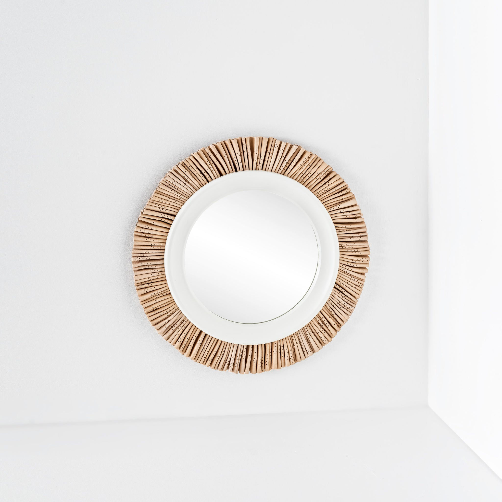 Gloria Mirror (Medium)