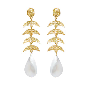 ELYSE EARRINGS MOTHER OF PEARL