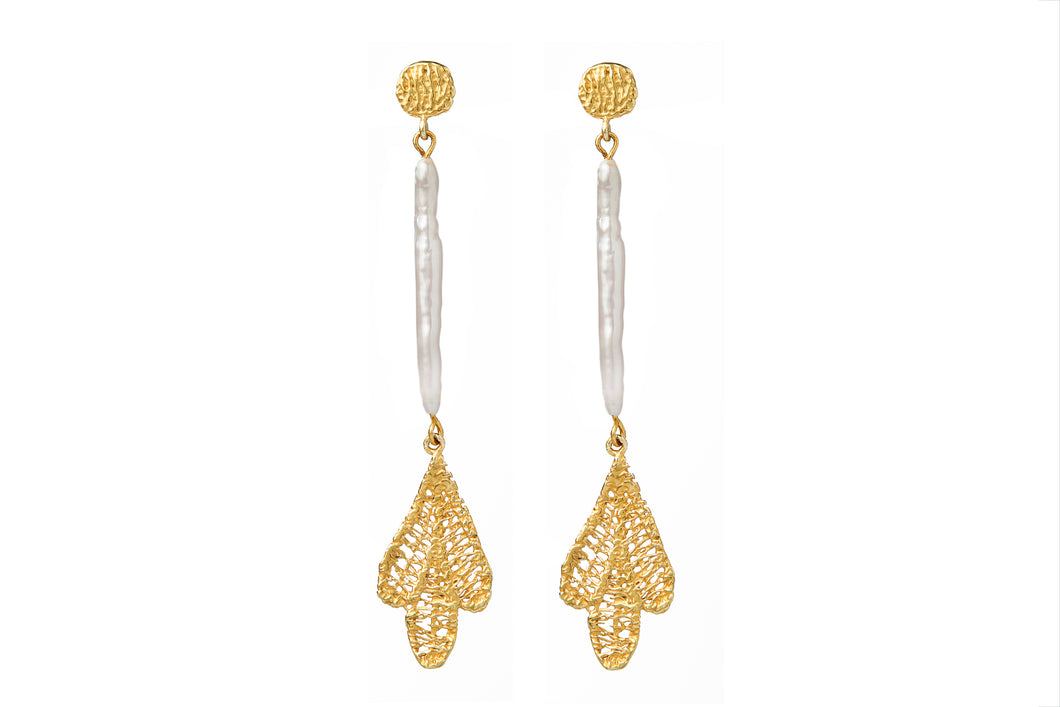 MAE GOLD - PEARL EARRINGS