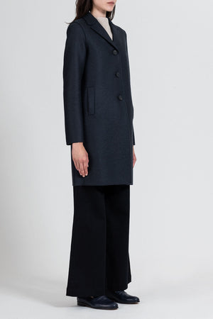 Boxy coat pressed wool
