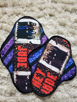 Hey Jude multi-size cloth pad set.