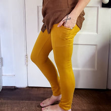 Load image into Gallery viewer, Organic Golden Hemp Leggings