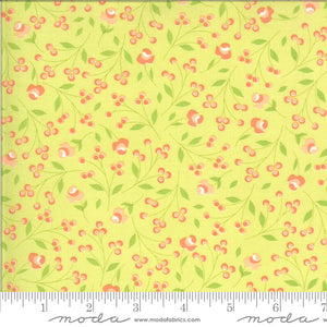 Apricot & Ash Light Lime Rosebuds Yardage (29103 17)