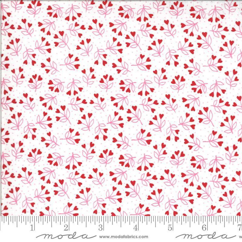PRESALE Be Mine Love Dove Loves A Bloom Yardage (20715 11)