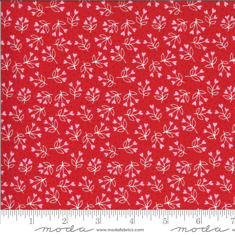 PRESALE Be Mine Kisses Loves A Bloom Yardage (20715 14)
