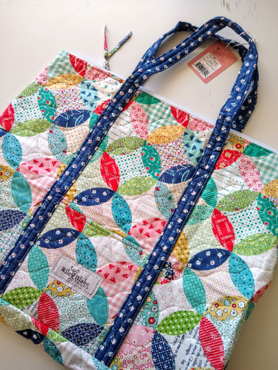 Lori Holt Vintage Happy 2 Quilted Bag