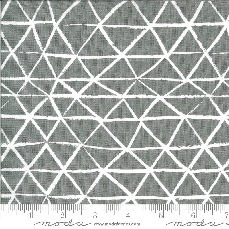 Zoology Grey Rustic Triangle Yardage (48303 17)