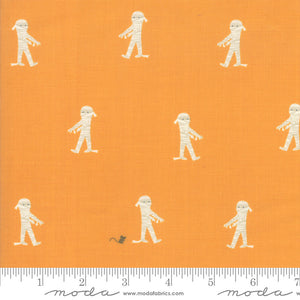 Ghouls and Goodies Candy Here Mummy Mummy Yardage (20682 19)