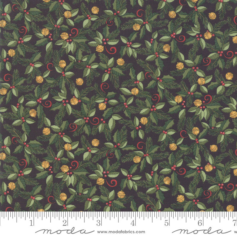Homegrown Holidays Farm Black Holiday Greenery Yardage (19944 16)