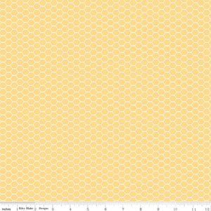 Down On The Farm Yellow Chicken Wire Yardage (C10075 YELLOW)