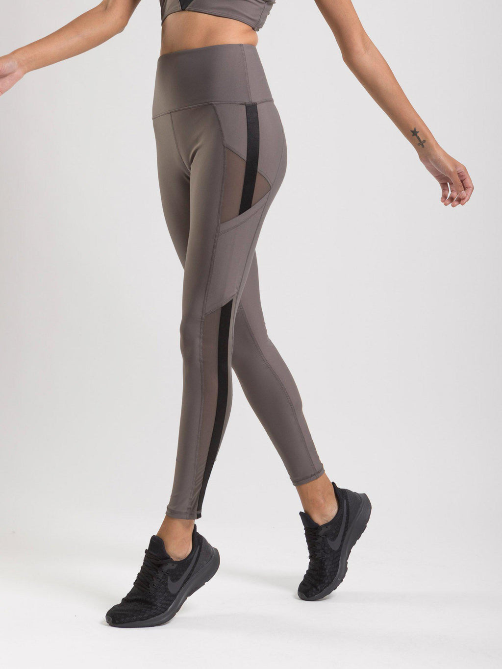 Reveal Legging