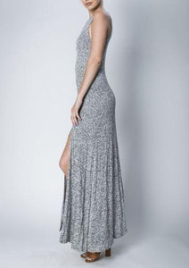 LOVE IN SLEEVELESS HACCI MAXI DRESS