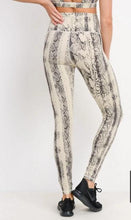 Load image into Gallery viewer, HIGH WAIST VIPER SNAKE PRINT LEGGINGS