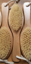 Load image into Gallery viewer, NATURAL FIBRE DRY BRUSH | Bathing - Cleansing Rituel
