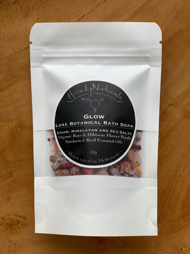 GLOW LUXE BOTANICAL BATH SOAK | with Organic Rose and Hibiscus Flower Petals (80g)