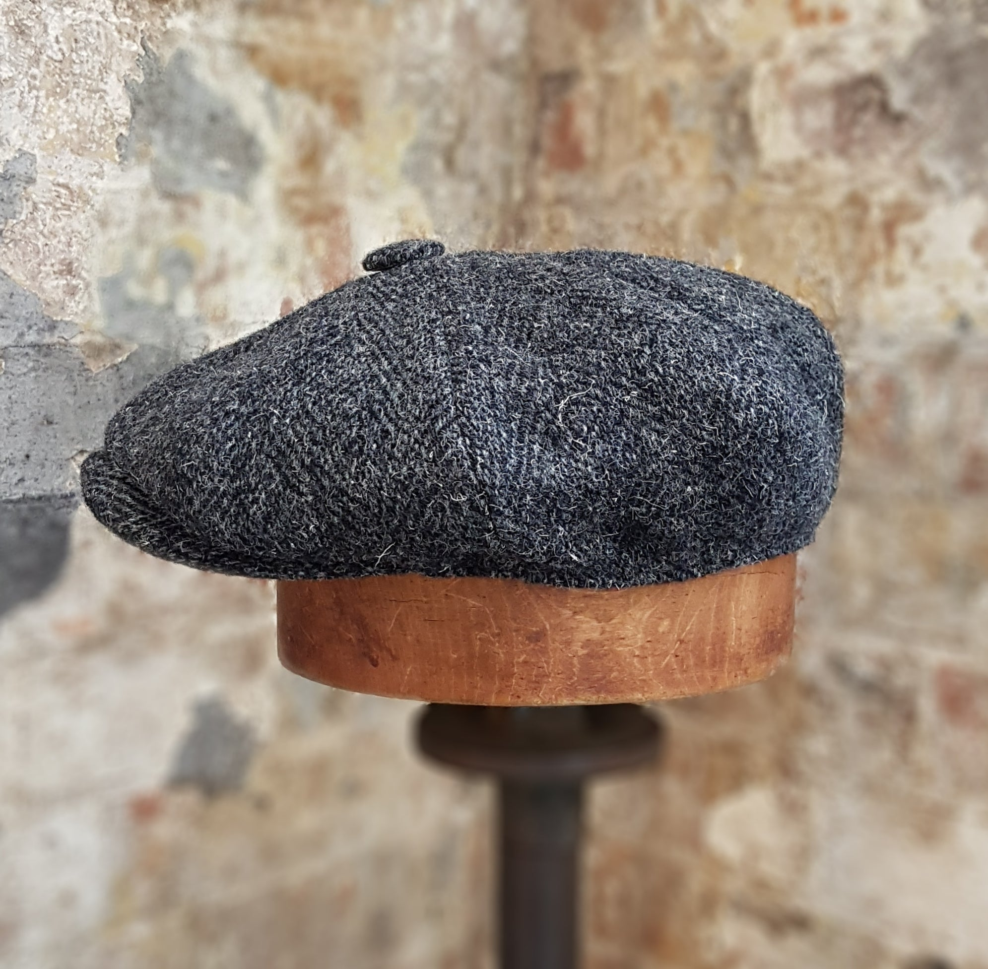 JACOB - Harris Tweed - Charcoal Grey & Black Herringbone  - Bakerboy Newsboy Cap