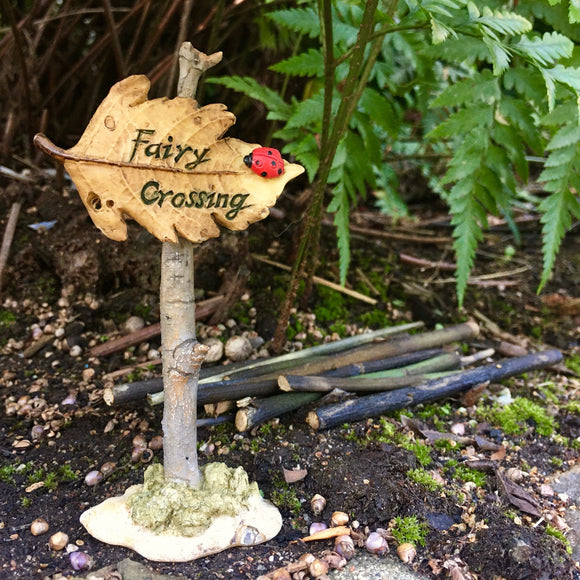 Fairy Sign - Fairy Crossing