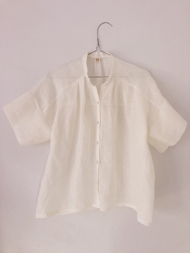 Elza Shirt with Short Sleeves in European Linen