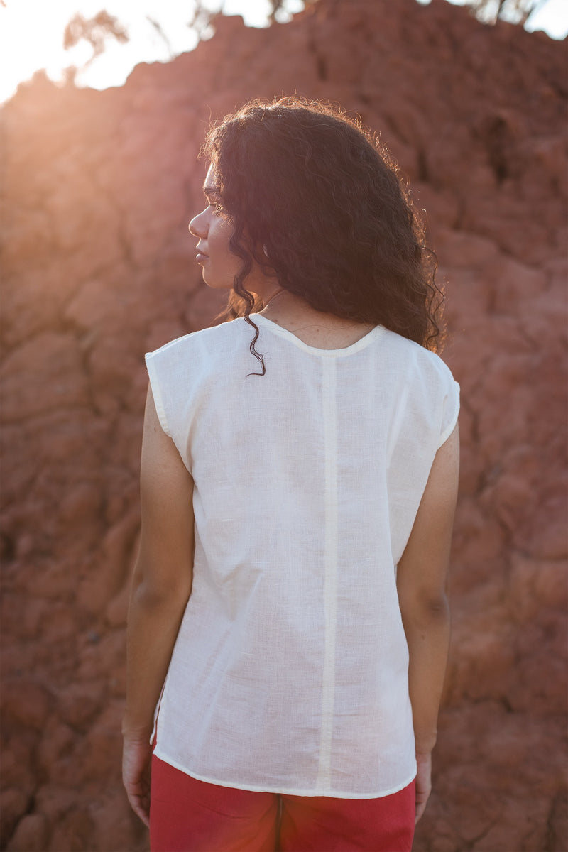Frida Sleeveless Top in European Linen