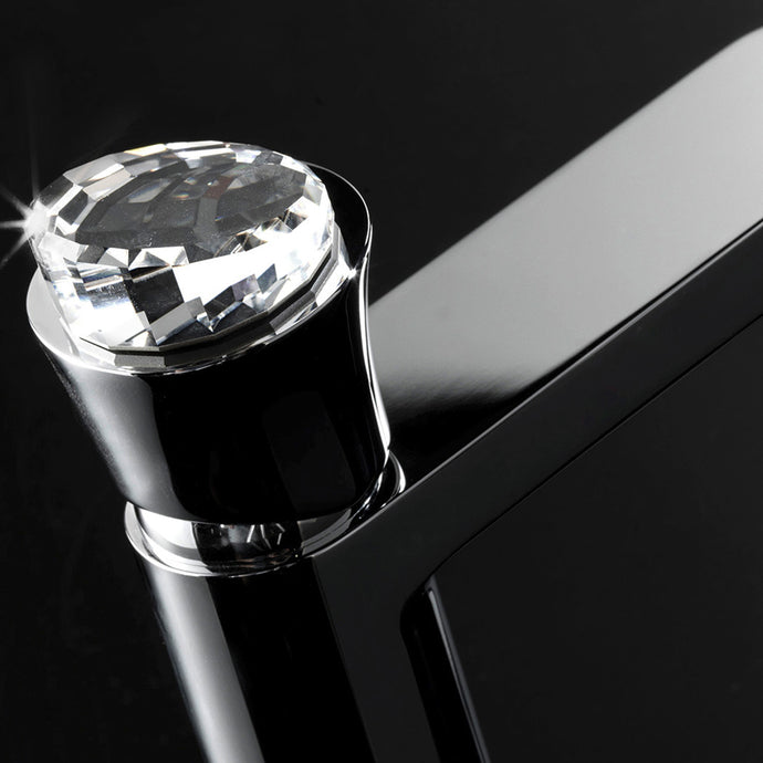 Close up of the Swarovski detailed Maier tap with the crystal head named Stage.