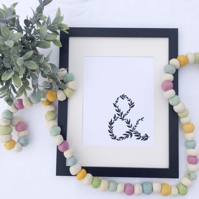 Laurel Ampersand Art Print