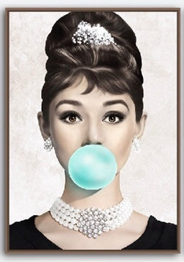 audrey_brigitte_marilyn_bubble_gum_wall_art_Audrey