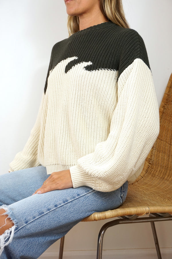 SURF SWEATER