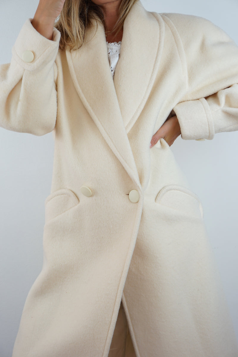 WINTER WHITE COAT
