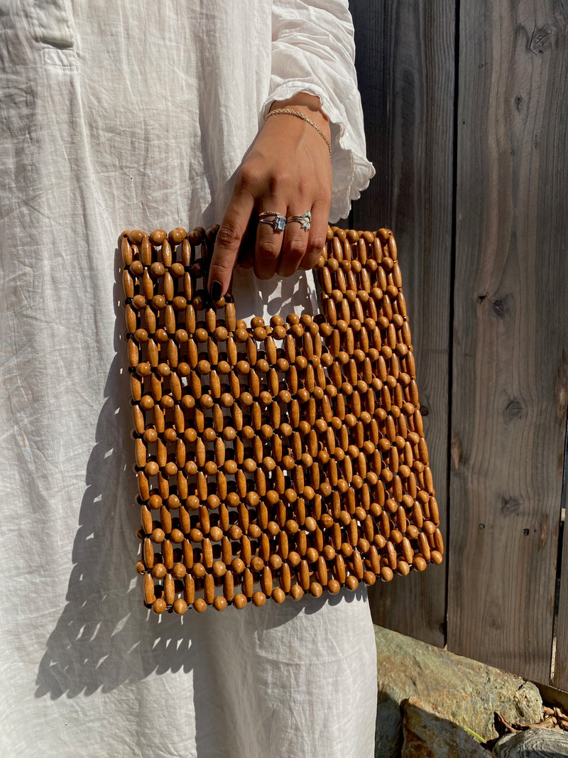 WOODEN BEADED PURSE - NATURAL