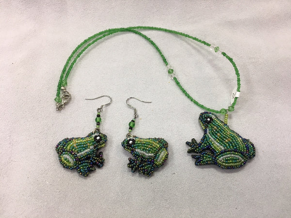 Beaded Necklace and Earrings - Frog