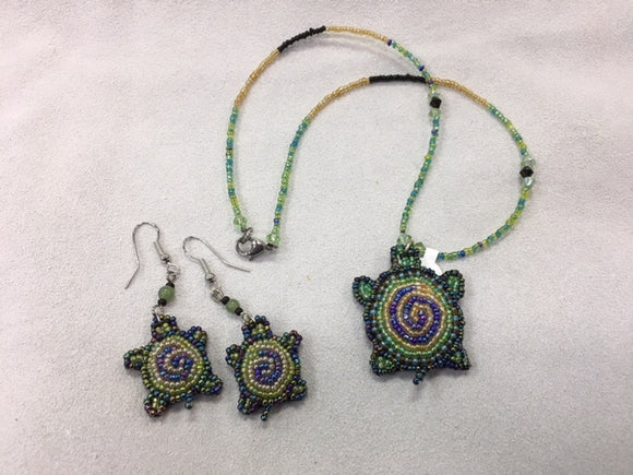 Beaded Necklace and Earrings - Turtle Swirl