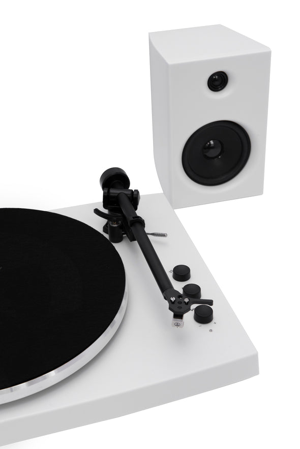 T150 record player | White