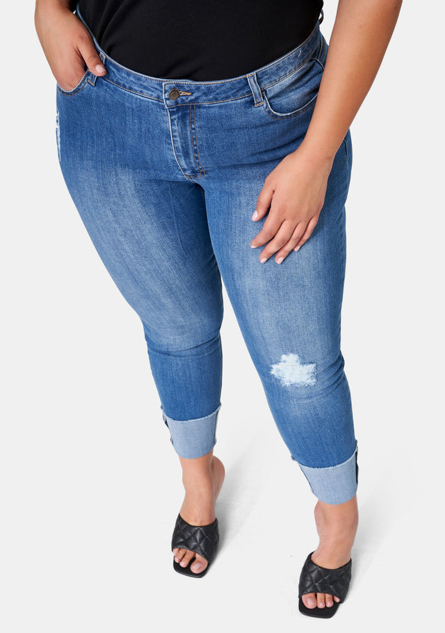 Pick Up Distressed Jean