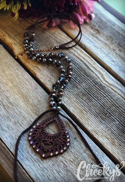 Victoria Necklace in Chocolate