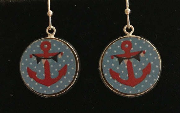 Handmade nautical anchor wood cabochon earrings - 16mm