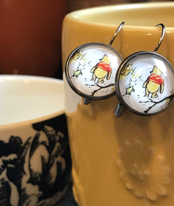 Winnie the Pooh glass cabochon earrings - 16mm