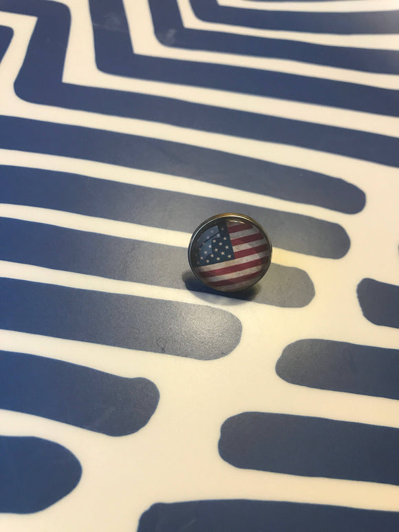 American flag glass cabochon lapel pin- 16mm